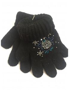 Перчатки зимние черного цвета с пингвином